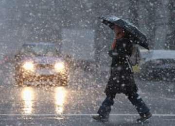 Informare meteo: NINSORI viscolite şi FRIG în toată ţara