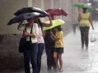Informare meteo: Ploi și vânt în aproape toată țara