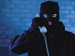 Înşelăciunea sună iar la telefon