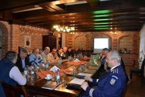 Întâlnirea anuală a conducerii Poliţiei Municipiului Sighetu Marmaţiei cu edilii locali din zona de competenţă