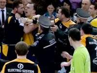 Interdicţie de a lua parte la competiţii sportive, impusă de jandarmi unui bărbat turbulent