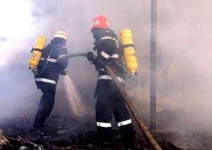 Intervenții ISU pentru stingerea mai multor incendii