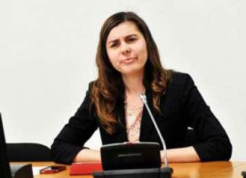 Ioana Petrescu susține reducerea CAS cu 5% și scutirea de impozit pe profitul reinvestit