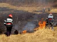 ISU Maramureș: 43 ha de vegetație uscată mistuită de flăcări în weekend în județ