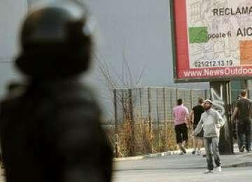 Jandarmii au intervenit cu substanţe lacrimogene la Gara de Nord împotriva suporterilor unguri violenţi