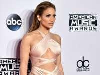Jennifer Lopez va fi gazda American Music Awards