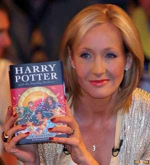J.K.Rowling a publicat o nouă povestire despre Harry Potter