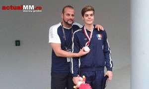 JOCURILE OLIMPICE DE TINERET (SINGAPORE): Robert Glință, legitimat LPS Baia Mare, campion mondial