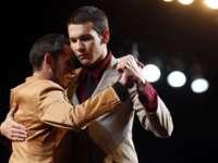 La Campionatul mondial de tango participă în premieră şi perechi de bărbaţi
