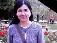 Lacrimi de durere la înmormântarea femeii din Sighet, ucisă în stradă de fostul soţ. Fiica ei ar fi visat că mama ei va muri