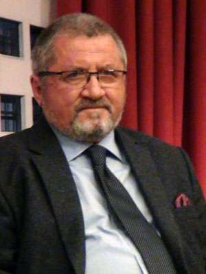 LANSARE LA CEAS ANIVERSAR - Nicolae Iuga, sarbatorit la Biblioteca Judeteana din Baia Mare