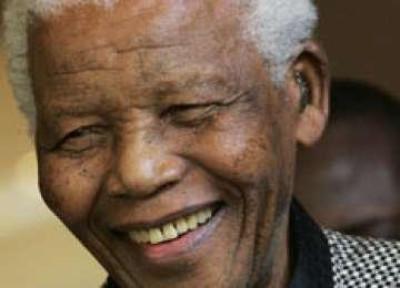 Liderul care a schimbat lumea, NELSON MANDELA, A MURIT