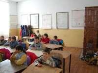 Lemne pregătite pentru încălzirea şcolilor din Maramureş
