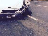 Leordina: Un șofer ar fi aţipit la volan și a ajuns cu mașina în podeț