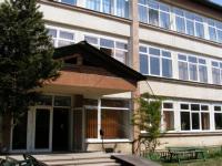 """LICEUL """"MARMAȚIA"""" SIGHET - Două eleve, amendate de jandarmi, după ce s-au luat la ceartă"""
