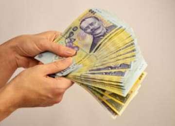 Limitarea plăților în numerar intră în vigoare luna viitoare; Legea a fost publicată în Monitorul Oficial