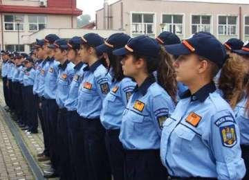 Mai mult de 10.000 de candidaţi își încearcă șansa la admiterea în şcolile de poliţie