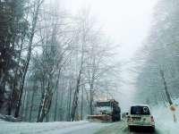 MARAMUREŞ - 23 de utilaje acționează pe sectoarele de drumuri naționale din Maramureș