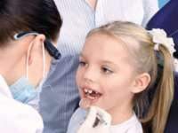 MARAMUREŞ: Copiii au parte de servicii de stomatologie decontate de stat începând cu această lună