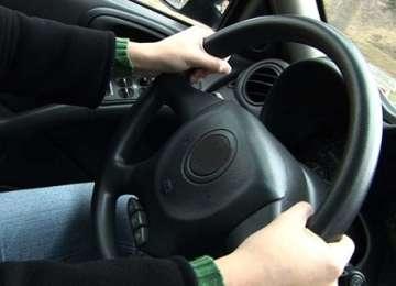 MARAMUREŞ: La volan fără permis şi cu 152 km/h