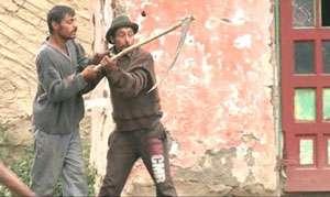 MARAMUREŞ: Un agricultor italian a fost lovit în cap cu o coasă
