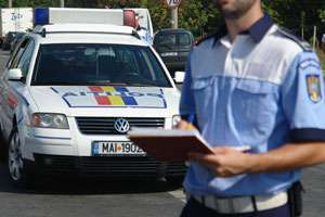 MARAMUREȘ: 10 infracţiuni rutiere şi peste 400 de contravenţii au fost constatate ieri de poliţişti