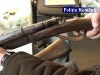 MARAMUREȘ: Arme deţinute ilegal ridicate de poliţişti