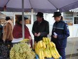 MARAMUREȘ: Legume şi fructe confiscate azi de poliţişti
