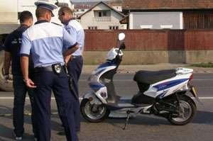 MARAMUREȘ: Minor depistat de polițiști în timp ce conducea un moped neînregistrat