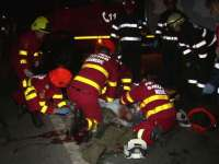 MARAMUREȘ: Un bărbat care se afla pe carosabil în poziţia ghemuit a fost accidentat mortal