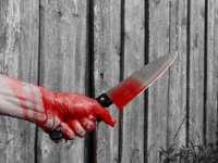 Maramureșean  trimis în judecată pentru TENTATIVĂ DE OMOR după ce şi-a înjunghiat prietenul de pahar