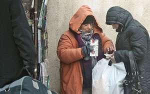 Maramureșeancă prinsă în timp ce oferea spre vânzare ţigări de contrabandă