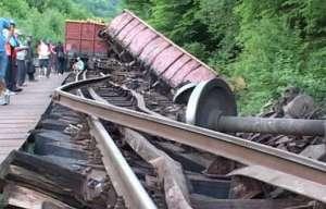Mecanicii care au decedat în marfarul deraiat erau băuți