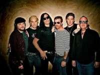 Membrii formației Eagles of Death Metal vorbesc pentru prima dată despre atentatul de la Bataclan