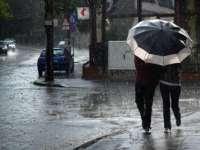 METEO - Informarea de ploi, precipitații mixte și vânt, prelungită până duminică seara