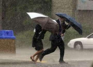METEO - Sfârșitul de săptămână aduce ploi, lapoviţă, ninsoare şi vânt