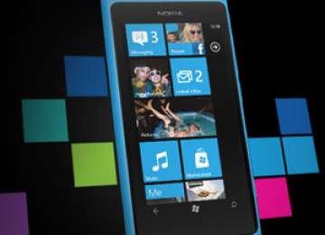 Microsoft renunță la numele Nokia de pe noile smartphone-uri
