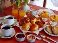 Micul dejun englezesc, în pericol de dispariţie, din cauza dulceţii