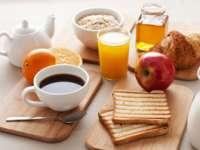Micul dejun - unul dintre cele mai simple și eficiente moduri de a mânca sănătos