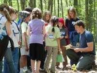 Ministerul Educației - Taberele, excursiile și alte activități de timp liber se vor organiza după un nou regulament