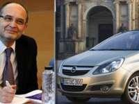 Ministrul Educației, Adrian Curaj, a cumpărat trei mașini identice pentru toți membrii familiei