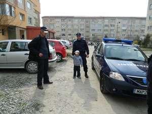 Minor rătăcit, predat părinților de către Jandarmii maramureșeni