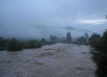 MM: COD GALBEN de INUNDAȚII pentru râurile Tisa, Vișeu, Iza, Someș și Lăpuș