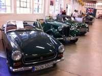 Moda mașinilor retro revine la standuri, cu peste 50 de modele expuse