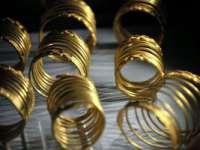 Monedele din aur şi podoabele dacice, furate și recuperate recent, vor fi expuse la MNIR