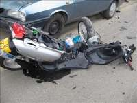 Mopedist accidentat pe DN 18