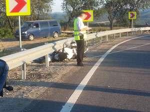 Motociclist decedat în Pasul Mesteacăn în urma unui grav accident