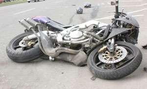 Motociclist rănit şi o persoană încarcerată în urma a două accidente în Baia Mare