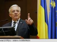 """Mugur Isărescu: """"Numirea noului Guvern accentuează incertitudinile, mai ales că bugetul pe 2016 nu este configurat"""""""