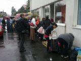 Nevoiaşii din Maramureş îşi vor ridica alimentele guvernamentale în funcţie de cupon